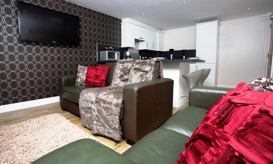 5/6 Bedroom Apartments