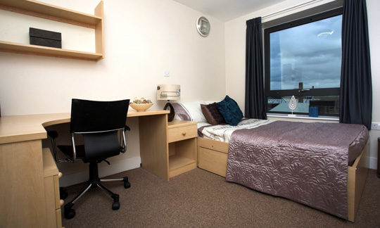 All inclusive student accommodation in leeds the triangle for Habitaciones de estudiantes decoracion